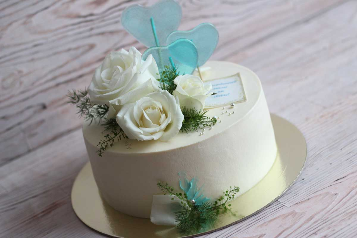 Торт с леденцами из глюкозного сиропа