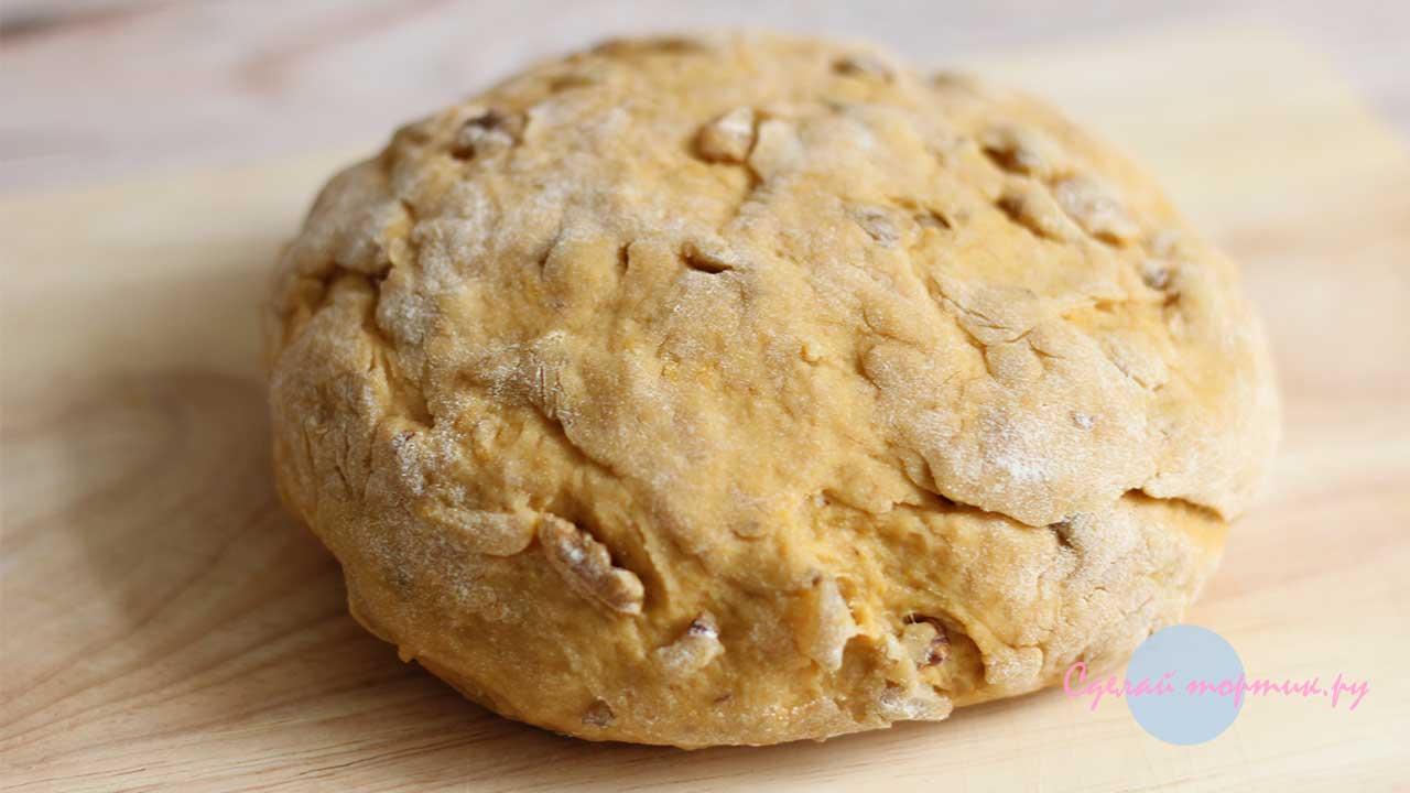 Тесто для постного тыквенного печенья готово