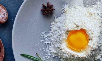 Куда девать желтки — 3 рецепта печенья на яичных желтках